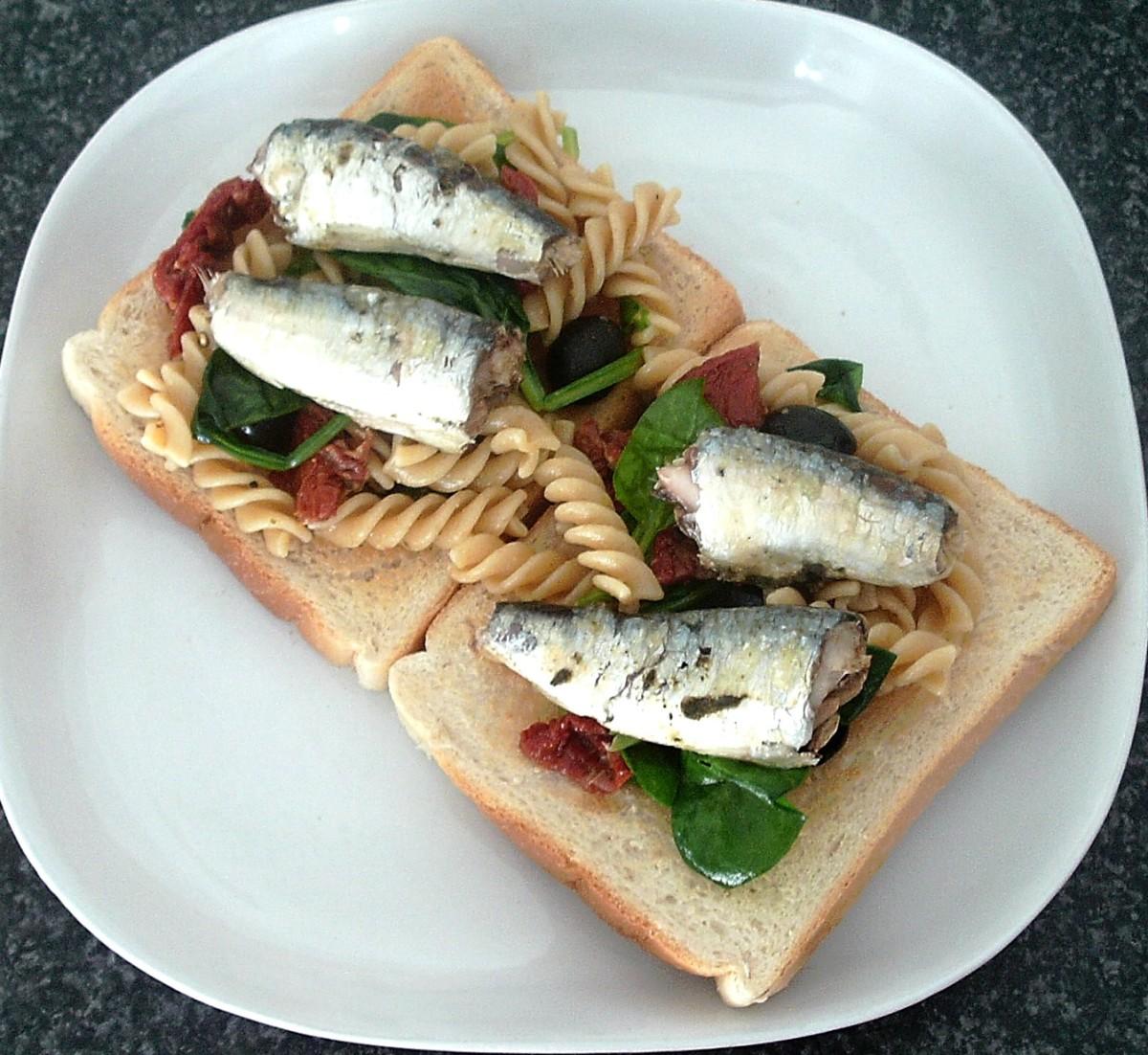Sardines and wholewheat fusilli pasta on toast