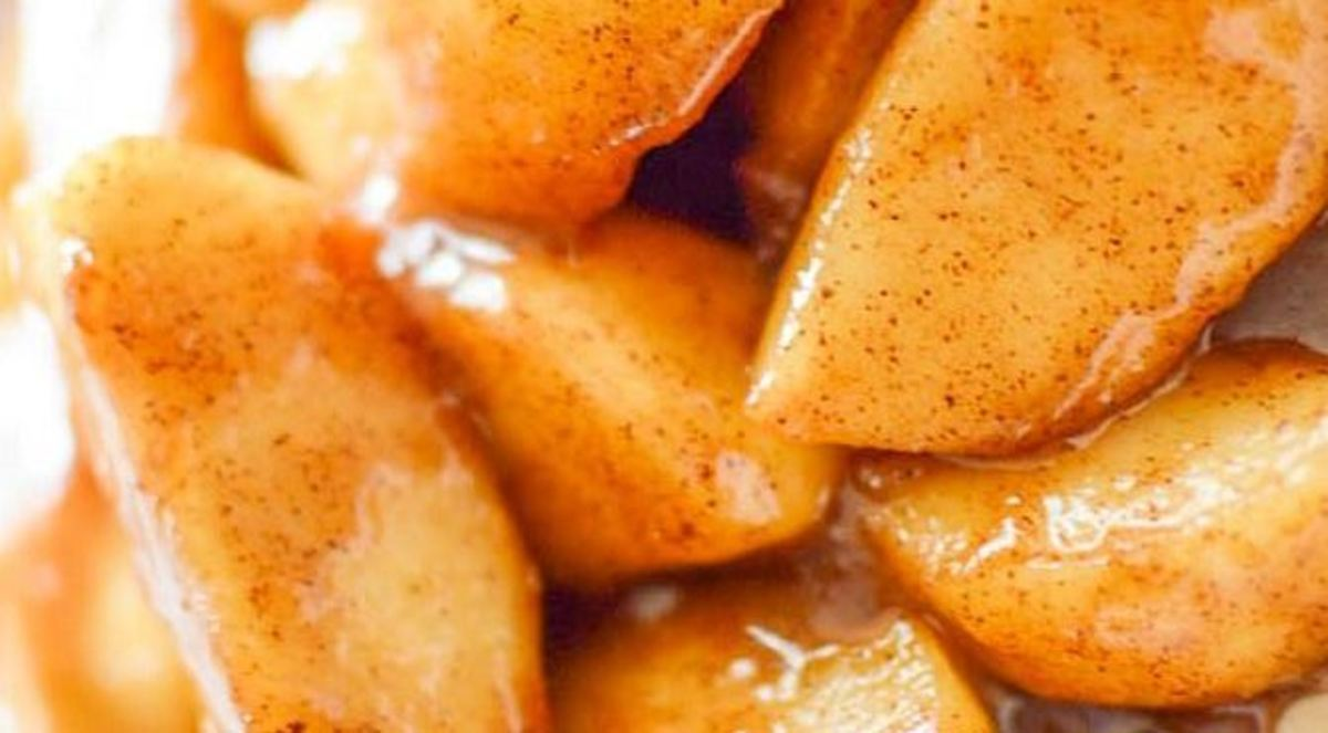 Brandied cinnamon apples