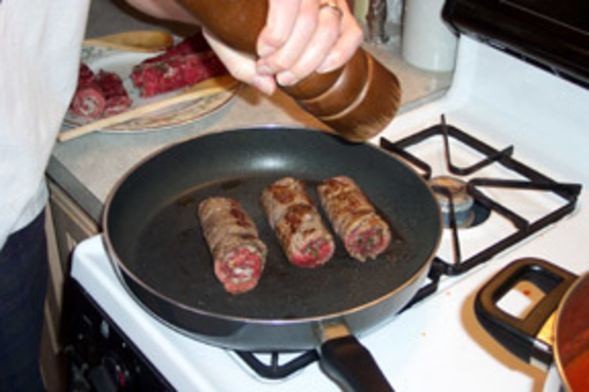 Although there is already salt and pepper in the filling, sprinkle salt and freshly ground pepper on the braciole, but only near the end of their browning.