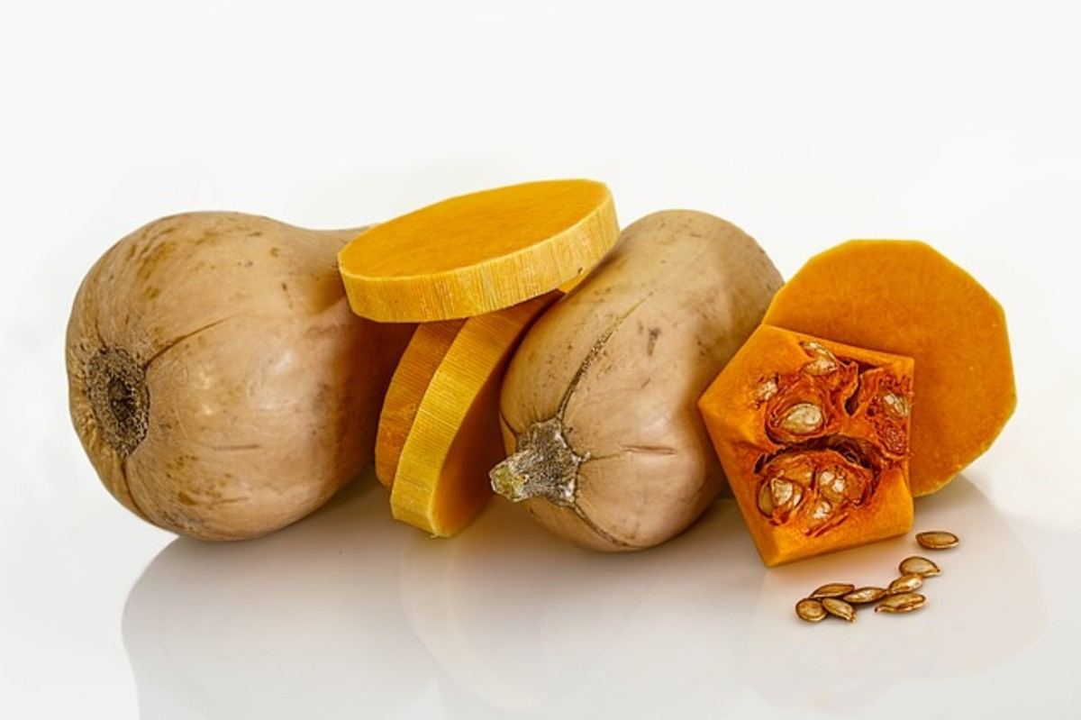 Butternut squash, interior and exterior view.