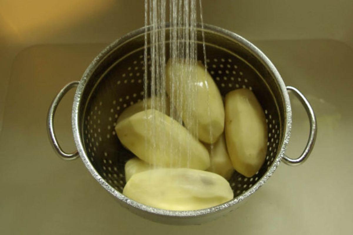 Image: Washing Potatoes