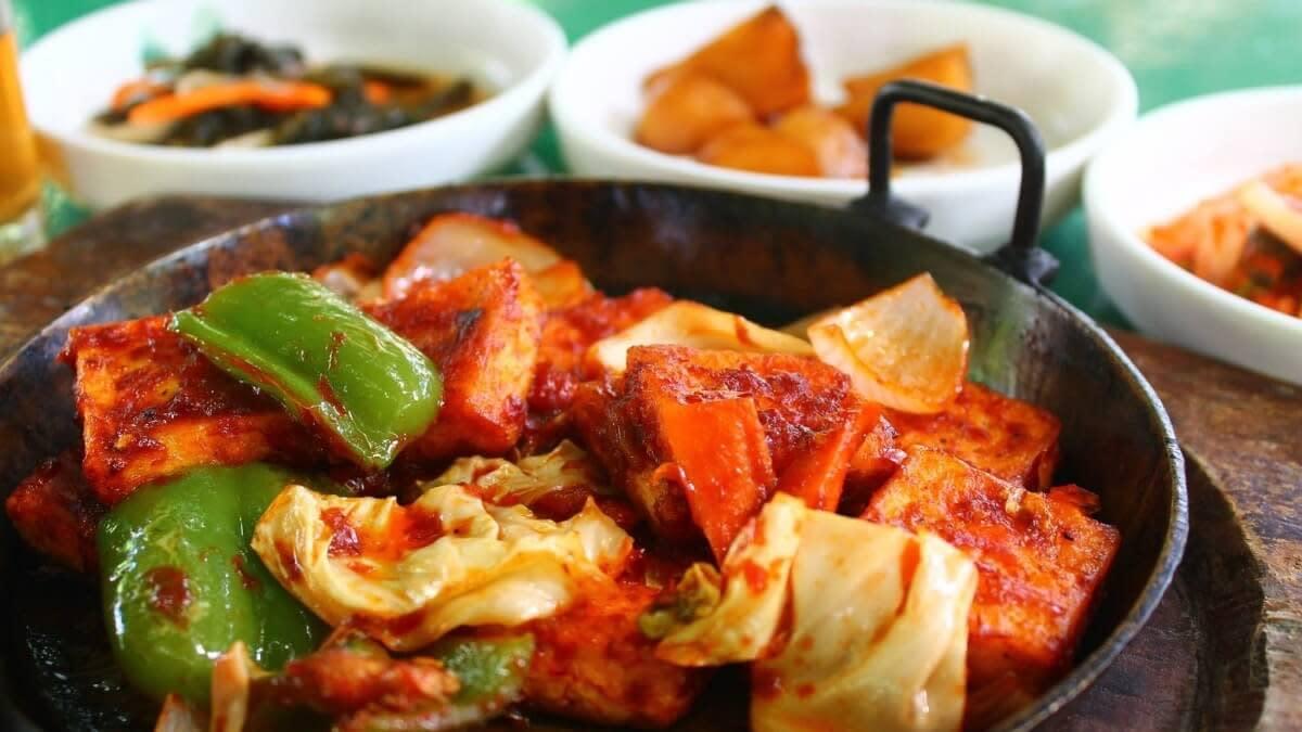 Spicy tofu and mushroom