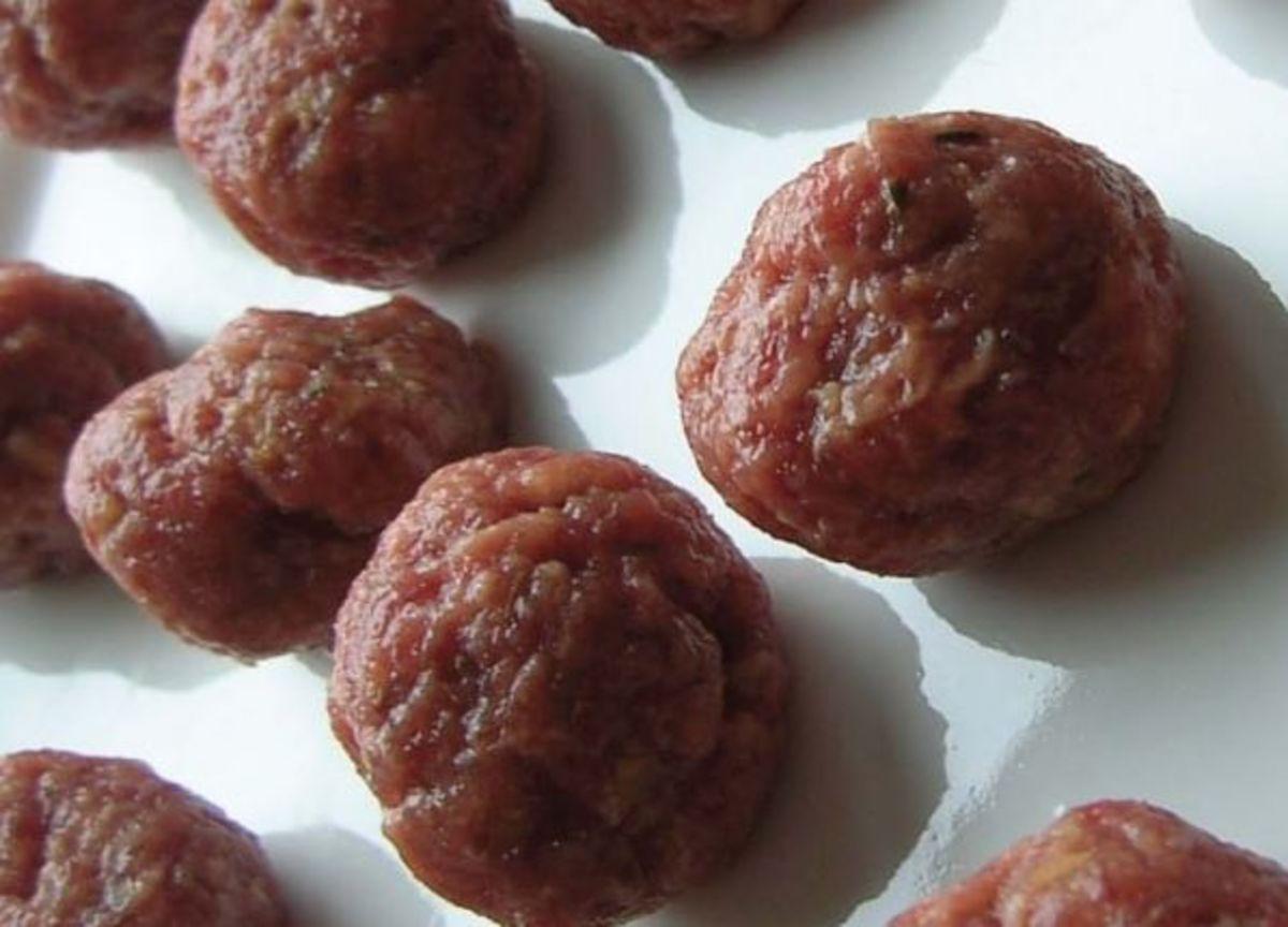 Isicia Omentata (Hamburgers)