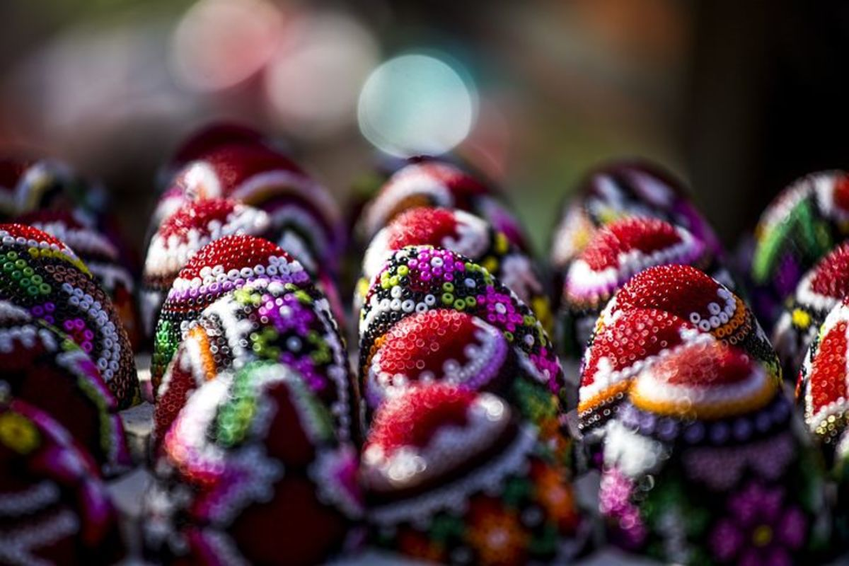 Beaded and dyes eggs, a Romanian Easter tradition.