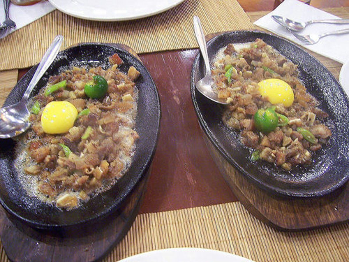Hot sisig by bingbing (Flickr.com).