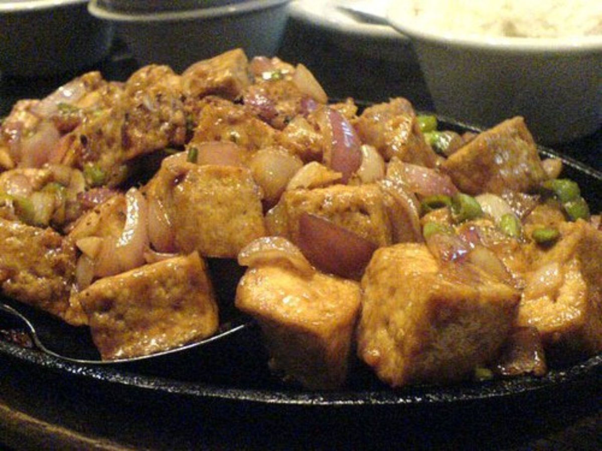 Tofu sisig (photo courtesy by Toni Girl from Flickr).
