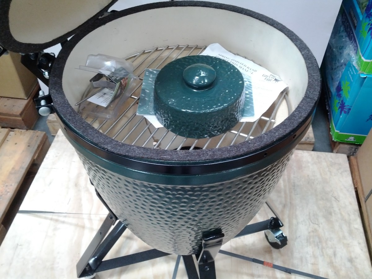 Kamado Grill Reviews and Comparisons   Delishably