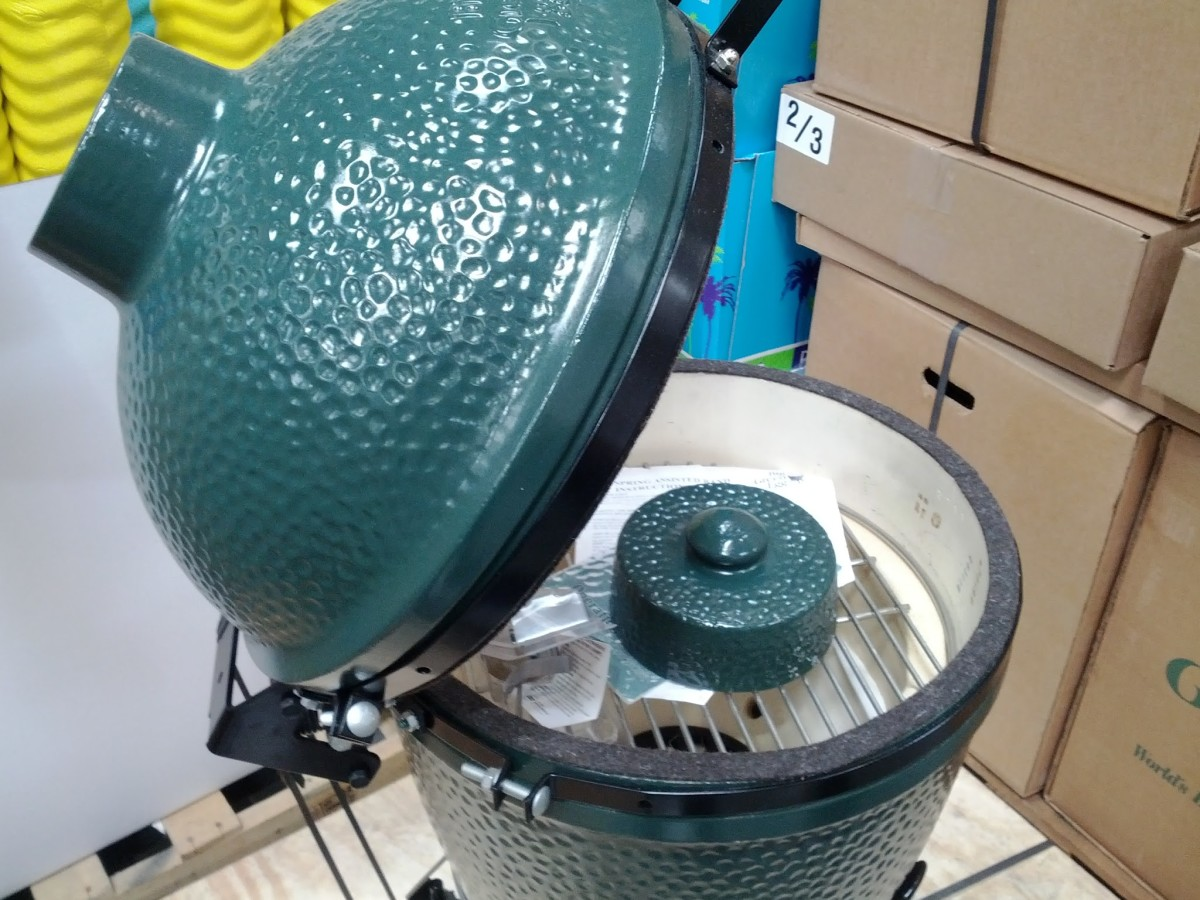 In past summers Costco has sold the medium-sized Big Green Egg for $579.