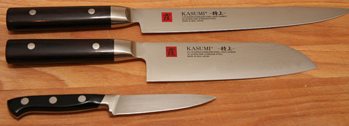 Different Sizes of Kasumi Knives (Photo courtesy by sro1234 from Flickr.com)