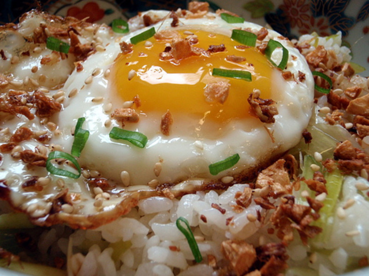 Garlic Fried with Sunny Egg on Top (Photo courtesy by joyosity from Flickr.com)