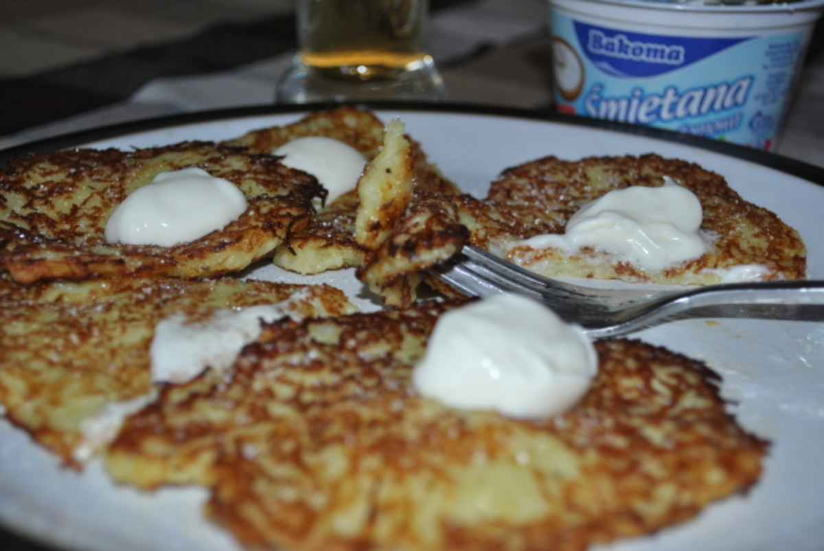 Placki (Polish potato pankcakes)