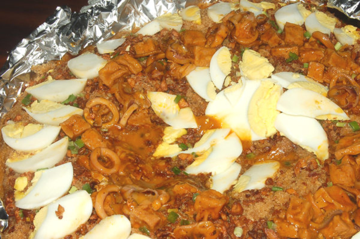 Little Quiapo's Palabok - CREDIT - madaboutfood.multiply.com