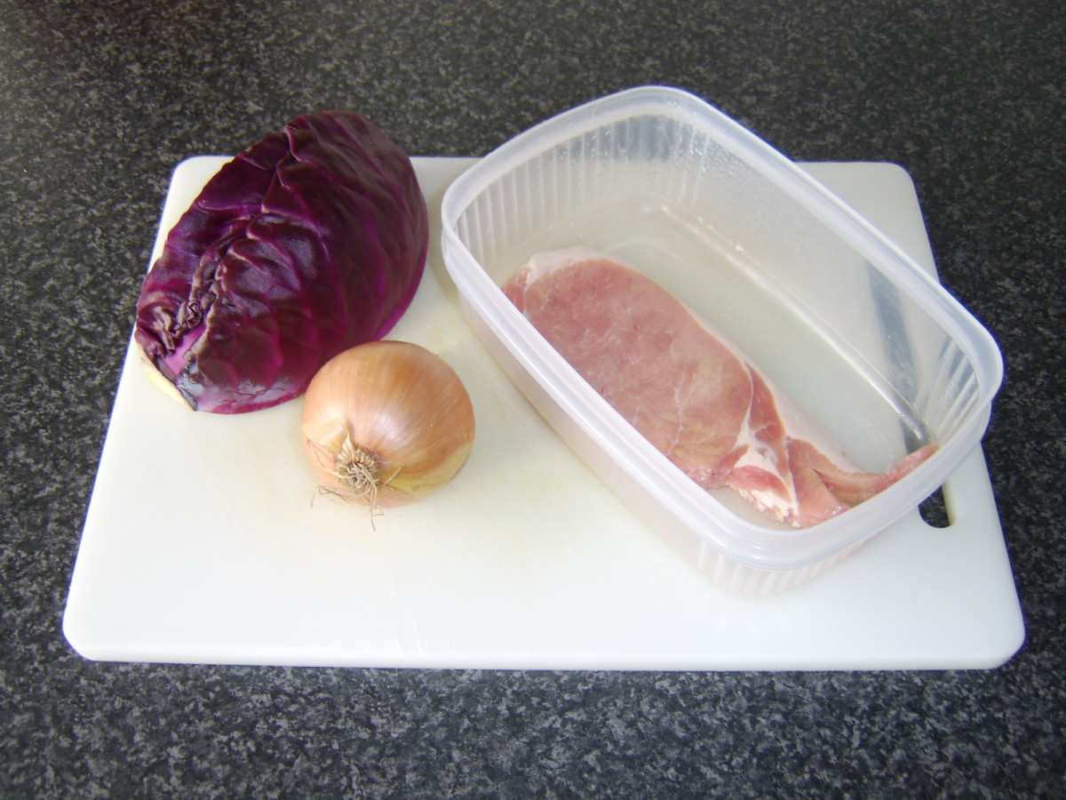 Use the same recipe again, but this time accompany the cabbage with bacon strips and sliced onion.
