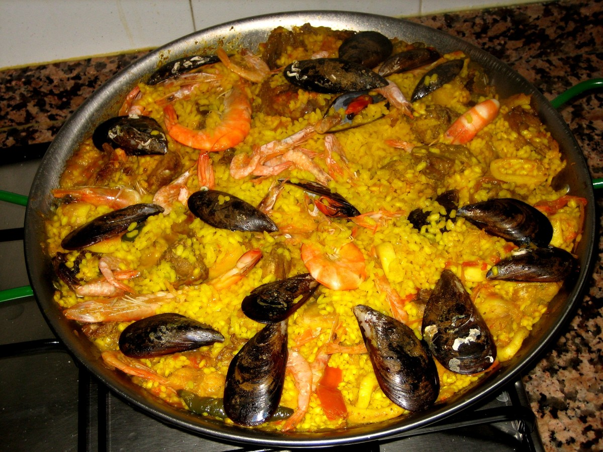 Paella is traditionally served in the same pan that it's cooked in.