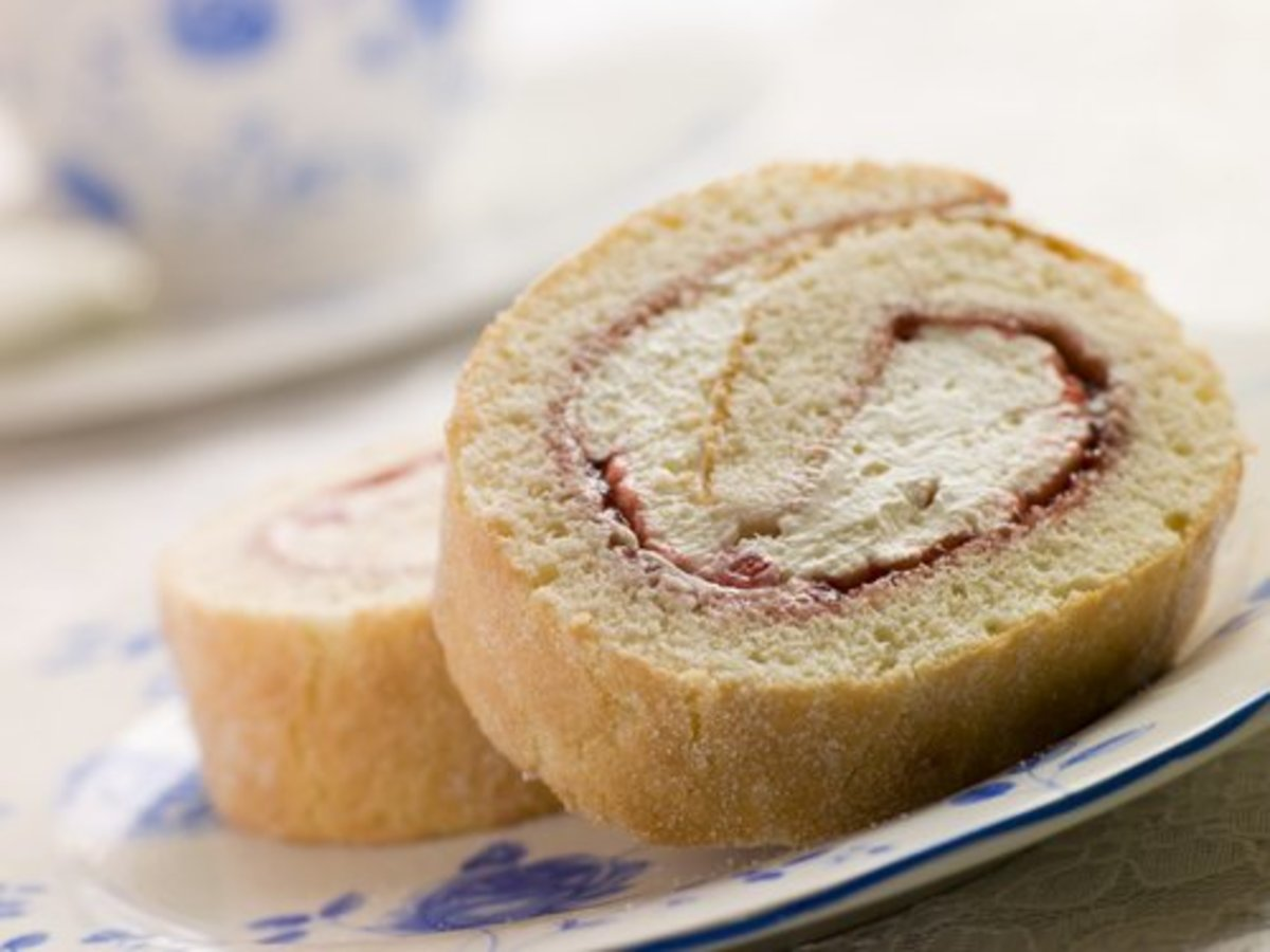 Strawberry jam & cream filled Swiss roll.