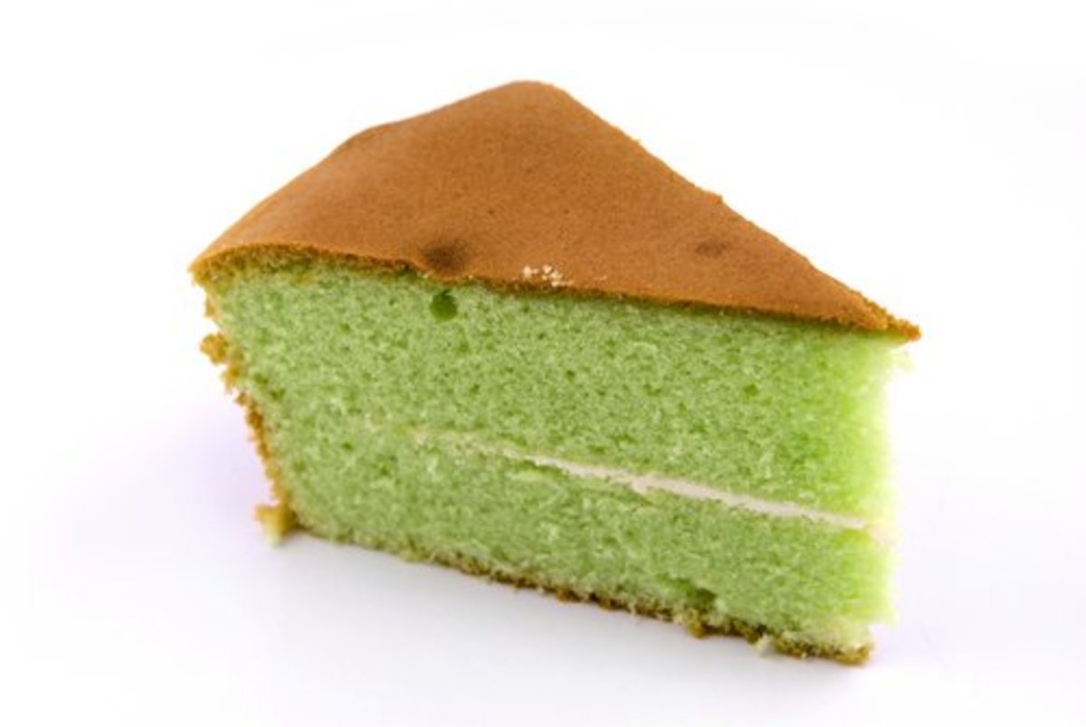 Pandan (screwpine) flavoured chiffon cake - a popular Asian treat. Image:  Teo Boon Keng Alvin|Shutterstock.com