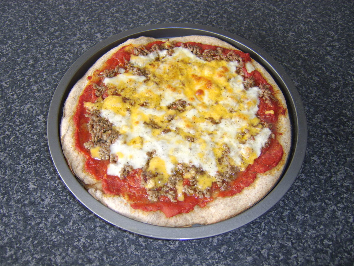 Spicy beef whole wheat pizza