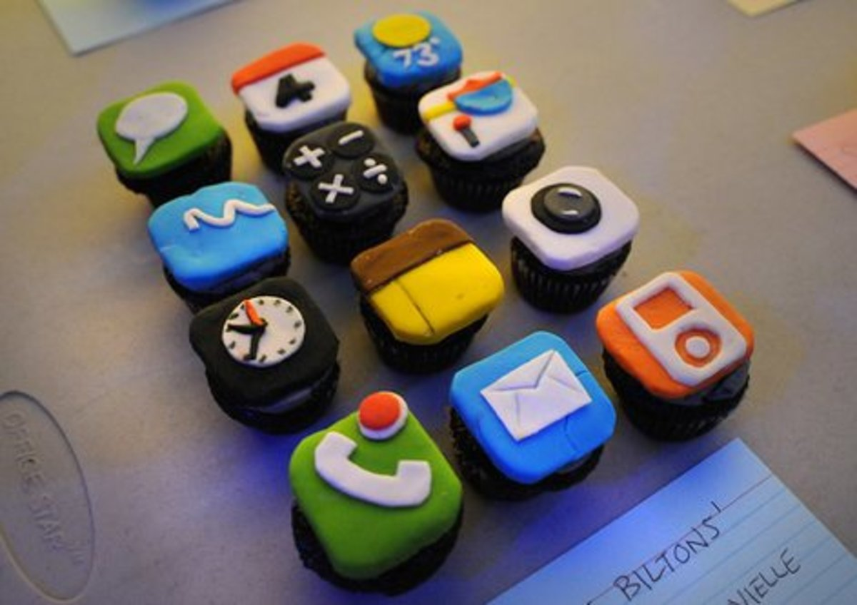 iPhone apps cupcakes = so cute!