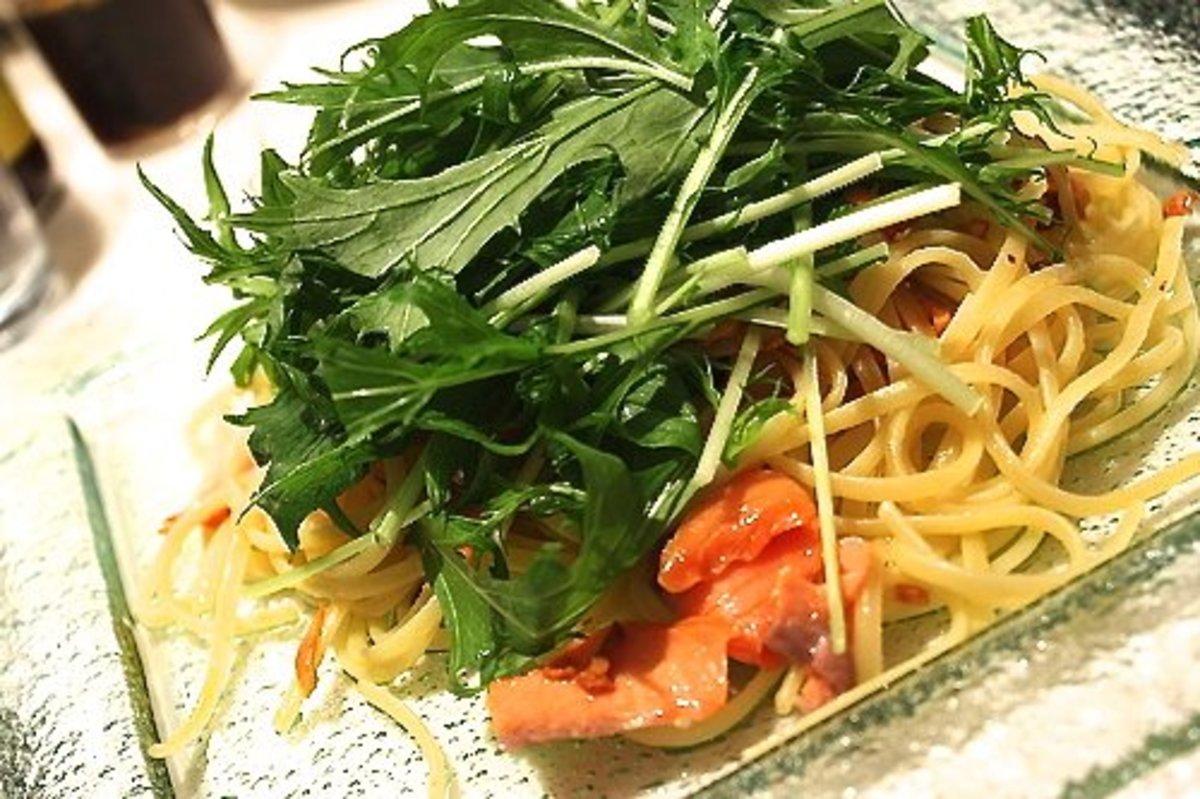 Mizuna, pasta, and salmon