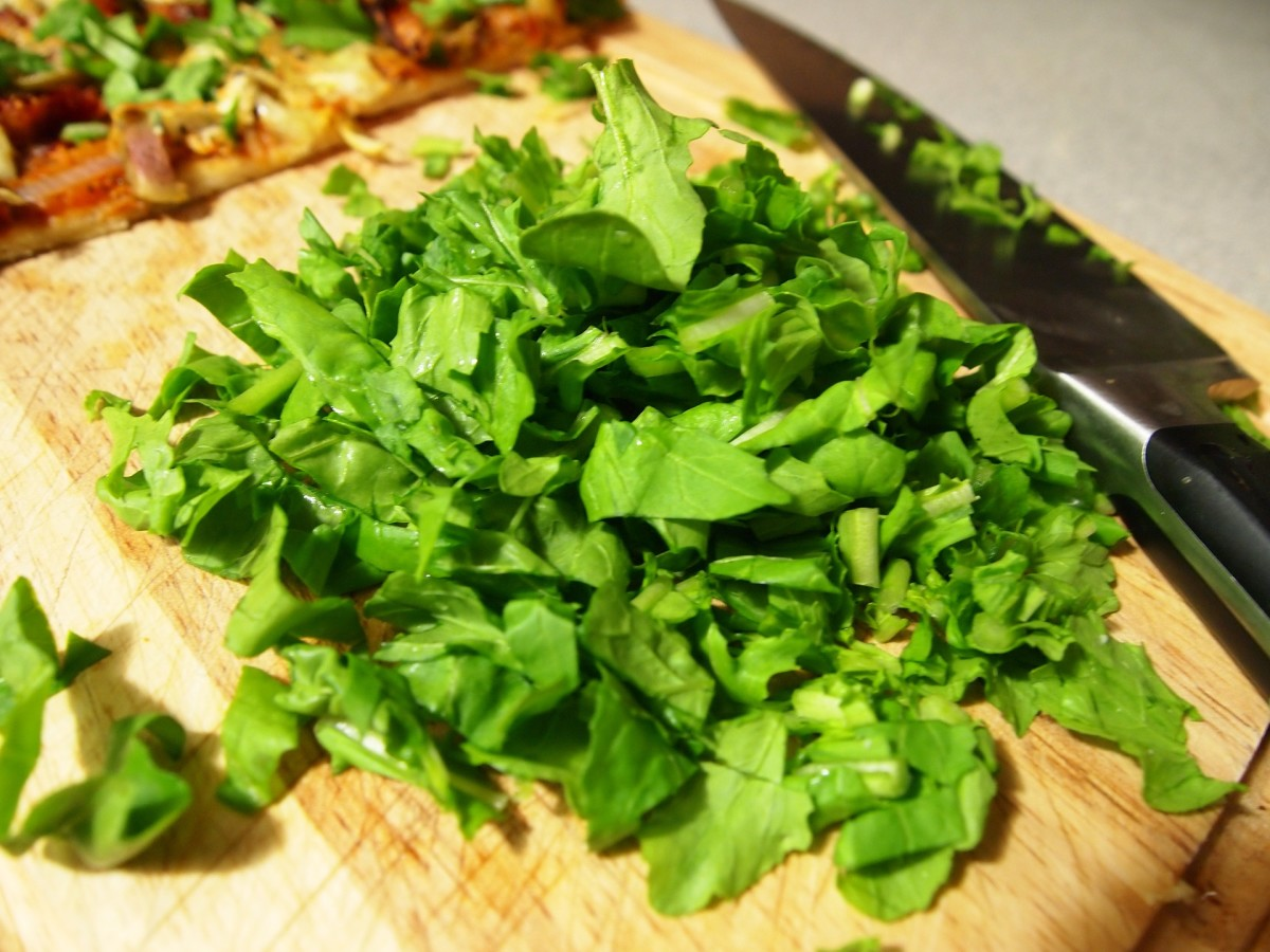 Fresh arugula (rocket)