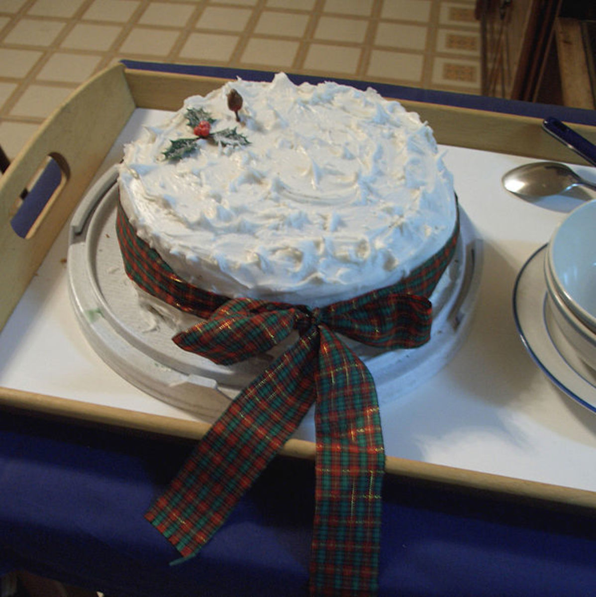 You may want to dress your cake up with icing.