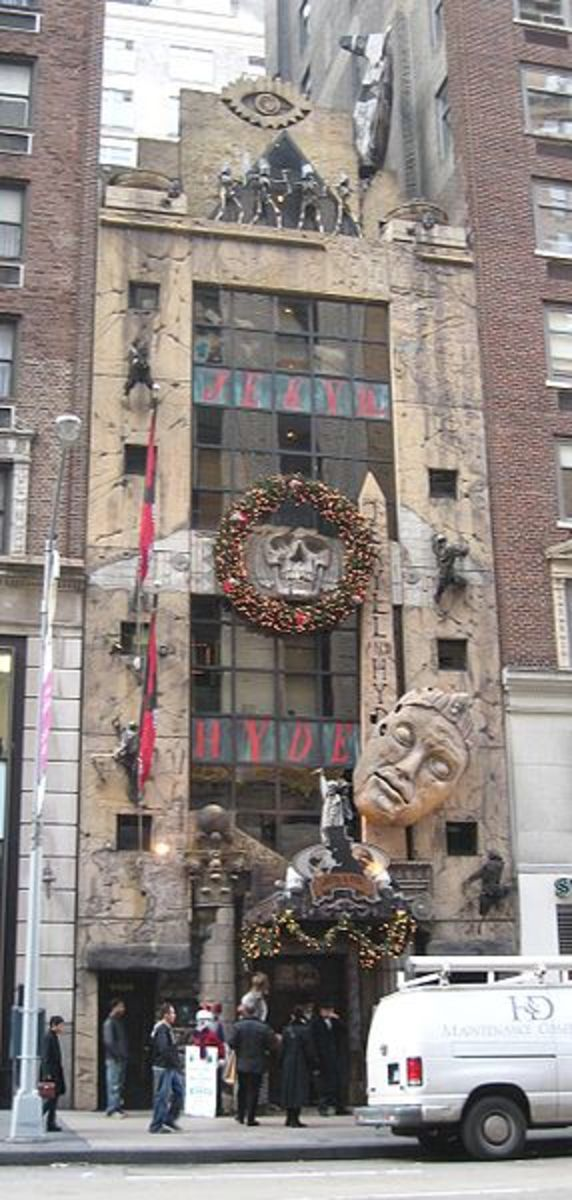 Exterior of the Jekyll and Hyde Club.