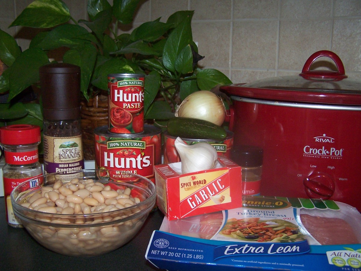 Gather up all the ingredients for the turkey chili recipe.