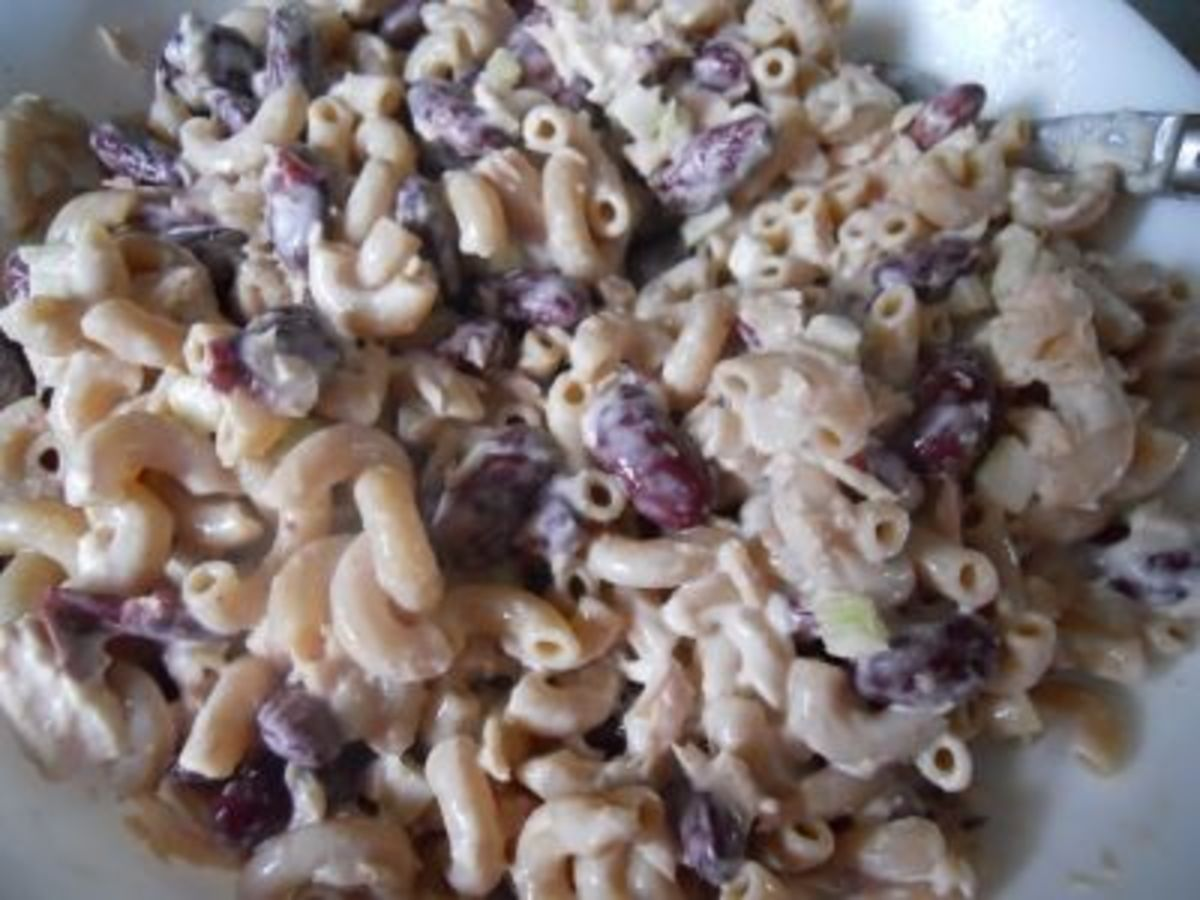 Red Kidney Bean and Tuna Salad