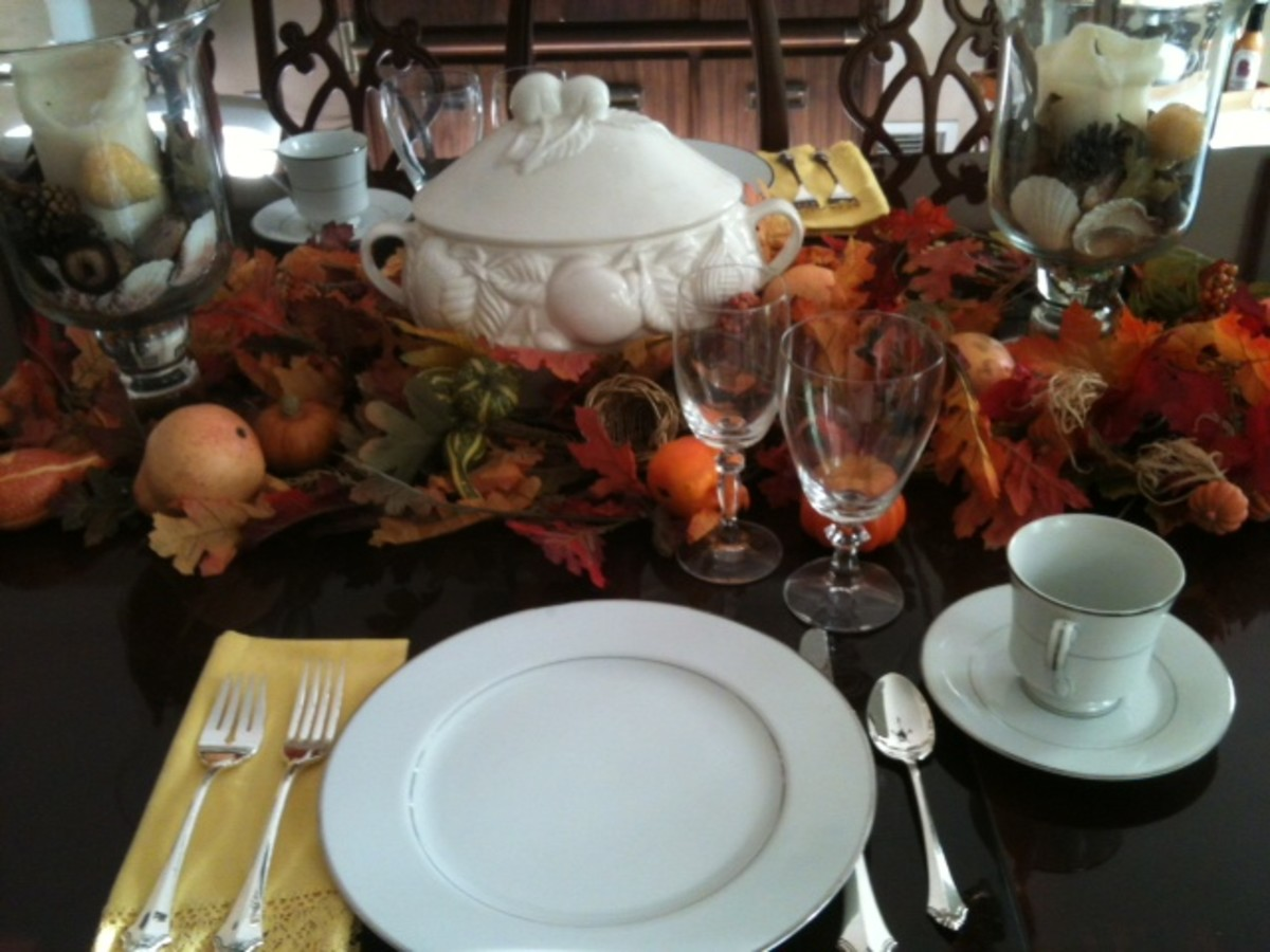 Fall or Thanksgiving table setting idea. Make your table setting interesting. Have fun with decorations appropriate for the season and the occasion.