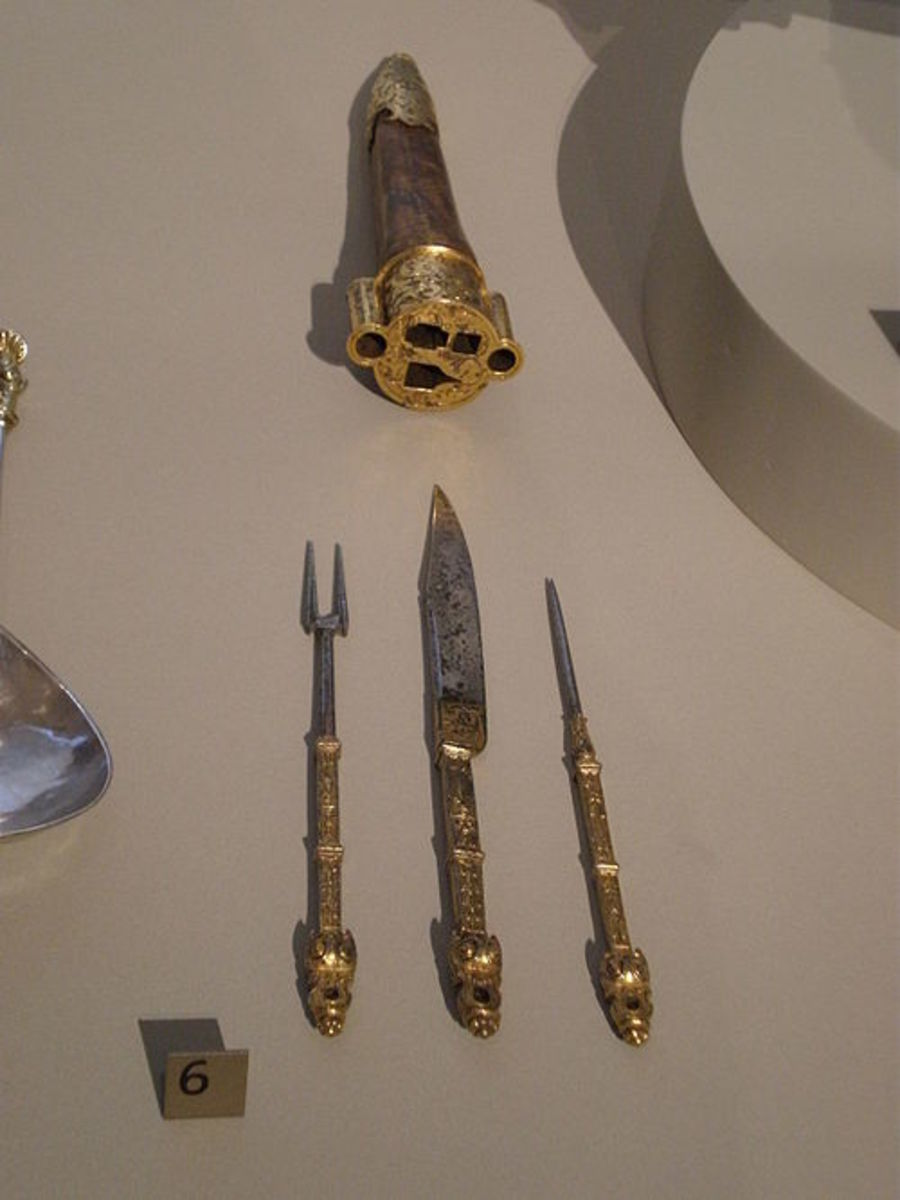 From this - 16th Century Cutlery - Knives and Forks...
