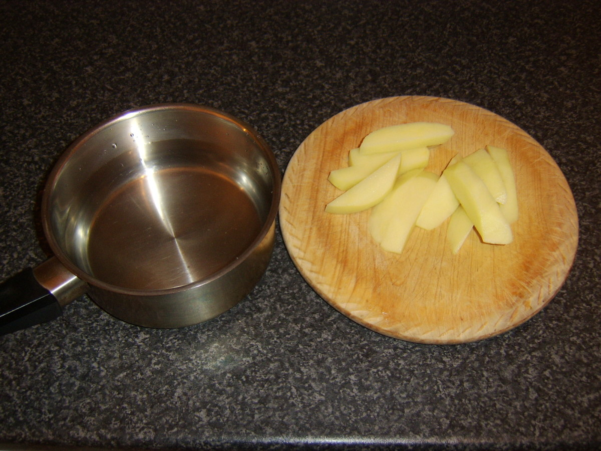 Peeled and chopped potatoes for making chips