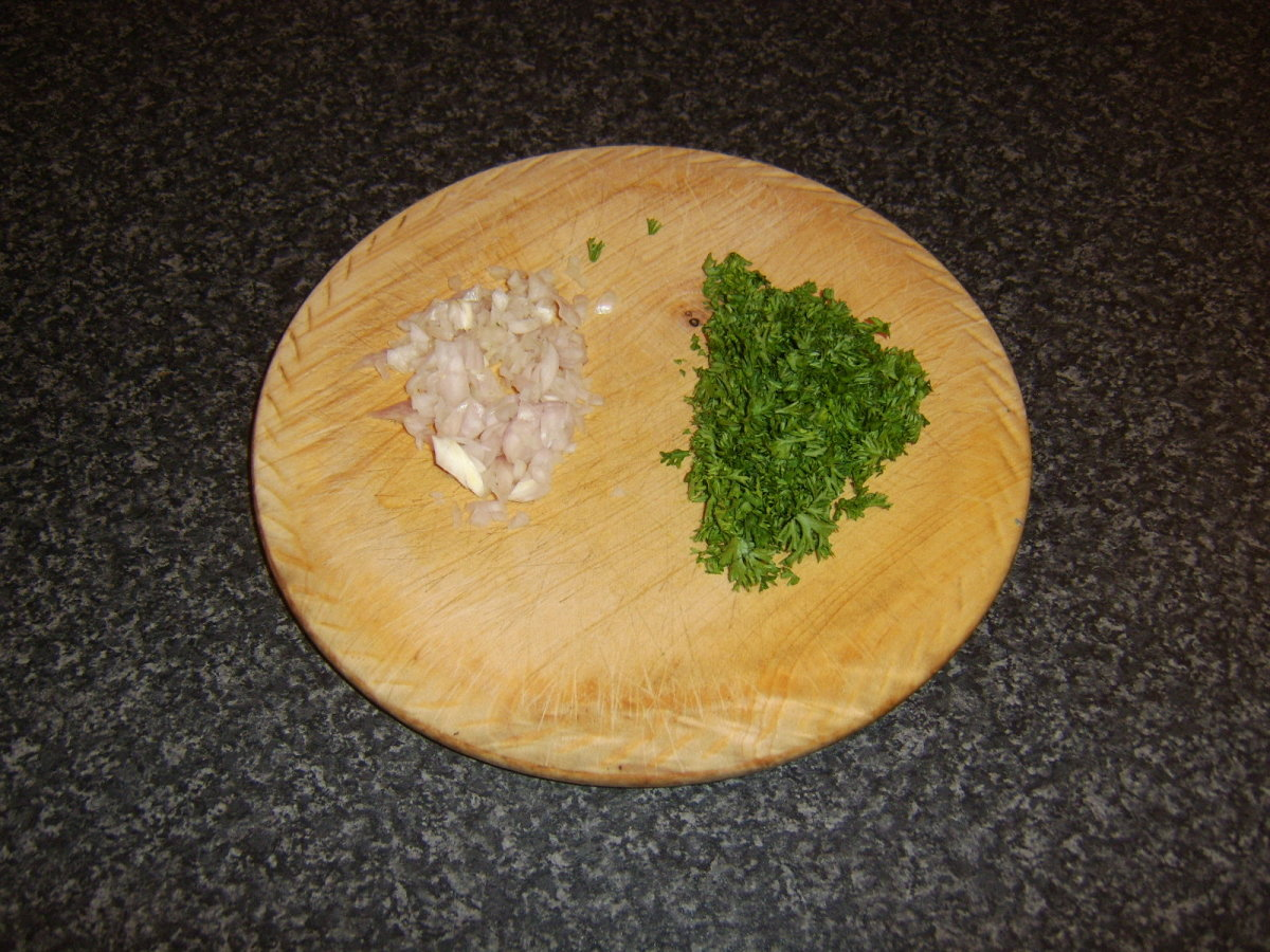 Chopped shallot and parsley