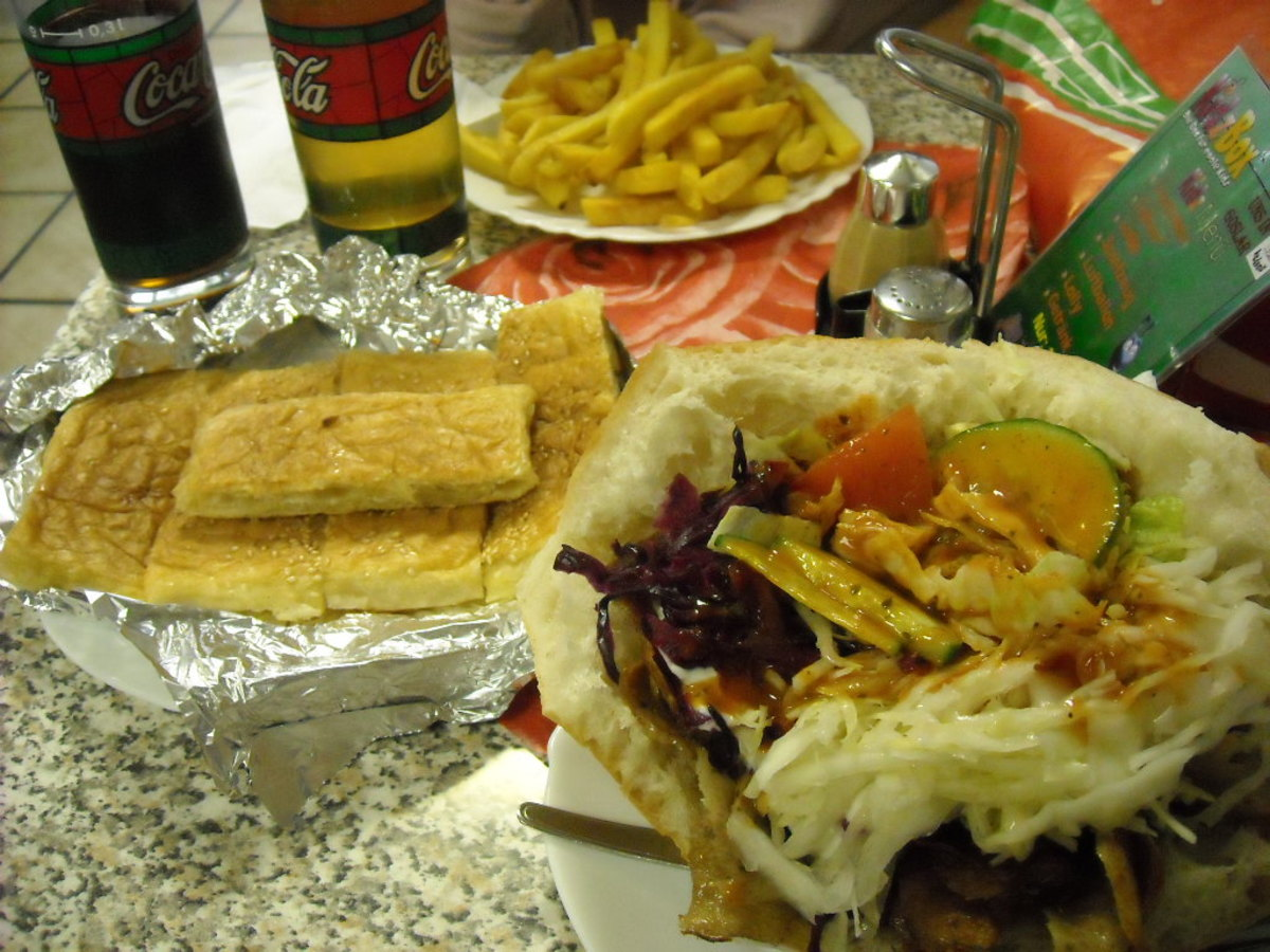 Döner, fries, apple juice, coke and phyllo dough with feta cheese. Great fast food!