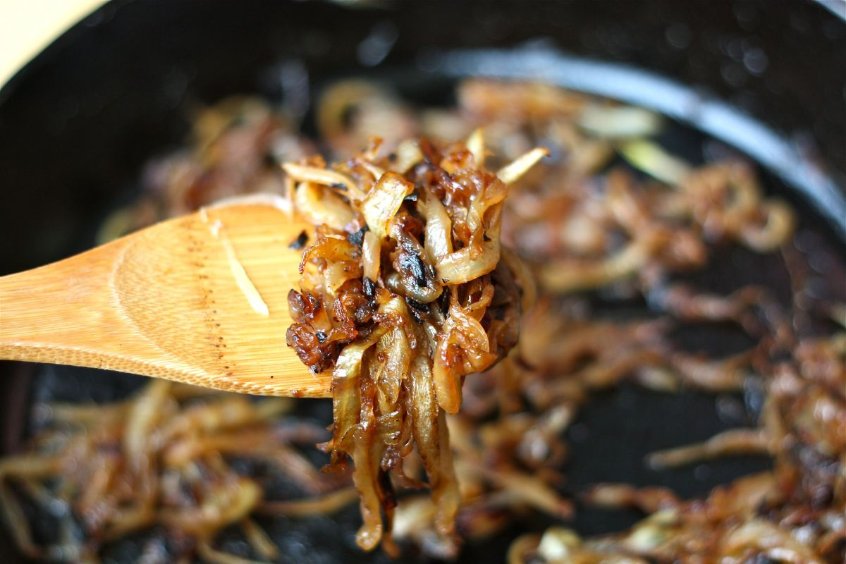This Is What Your Caramelized Onions Should Look Like