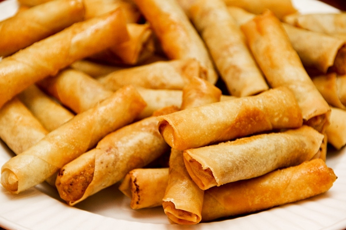 Simple Recipe for Lumpiang Shanghai – Meaty Philippine Spring Rolls