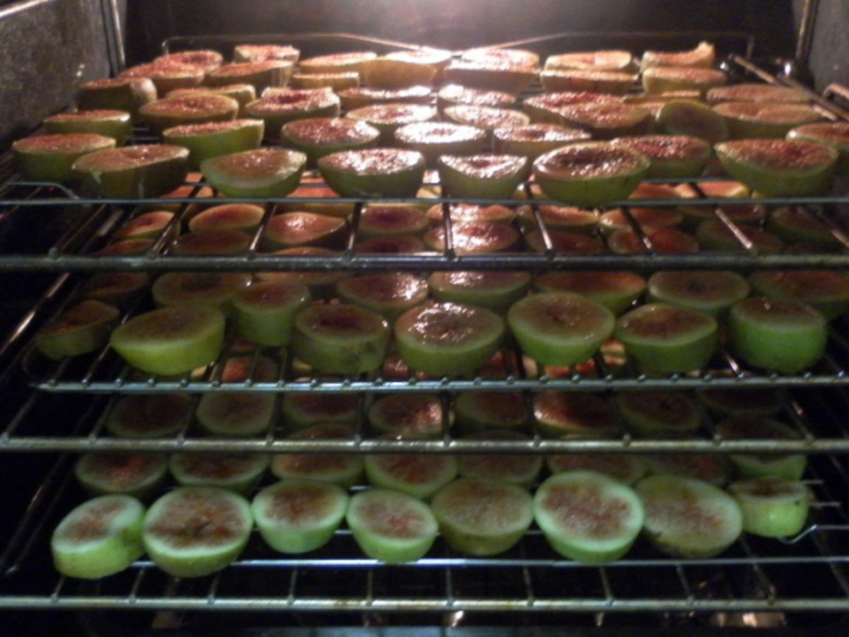 Figs baking in the oven.