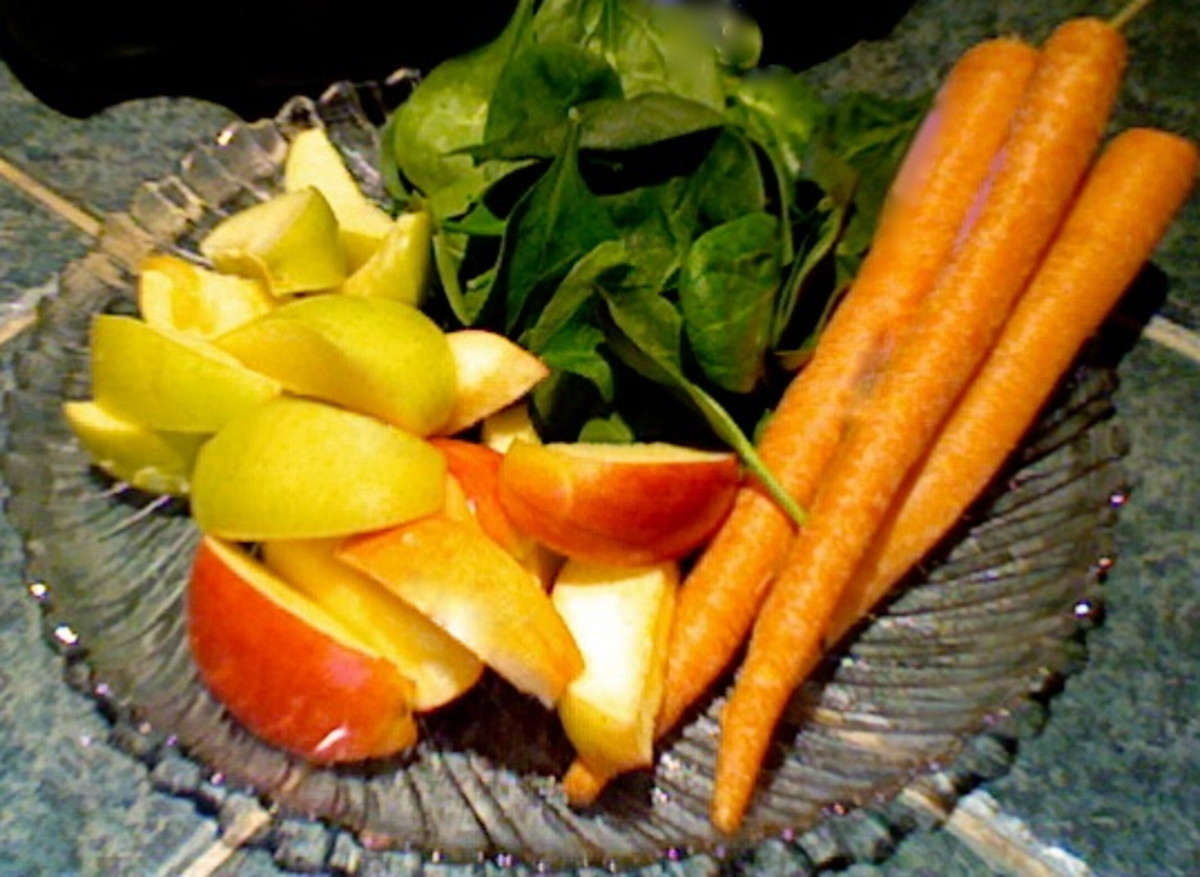 spinach, apples and carrots are a perfect blend for your juicer. Apples and carrots will help the juicer grab the spinach and will produce more nutritious juice.