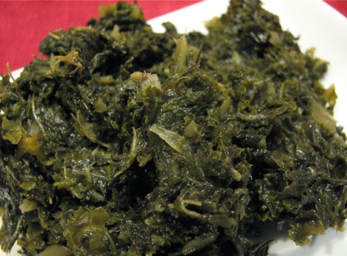 Braised kale with garlic and onion.