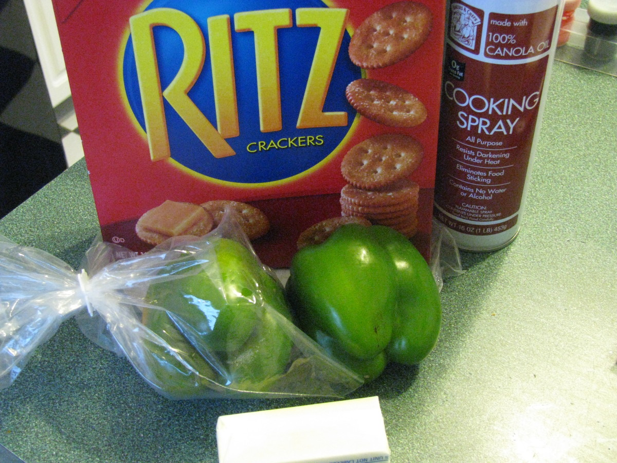 Some of the ingredients: green peppers, Ritz crackers and butter.