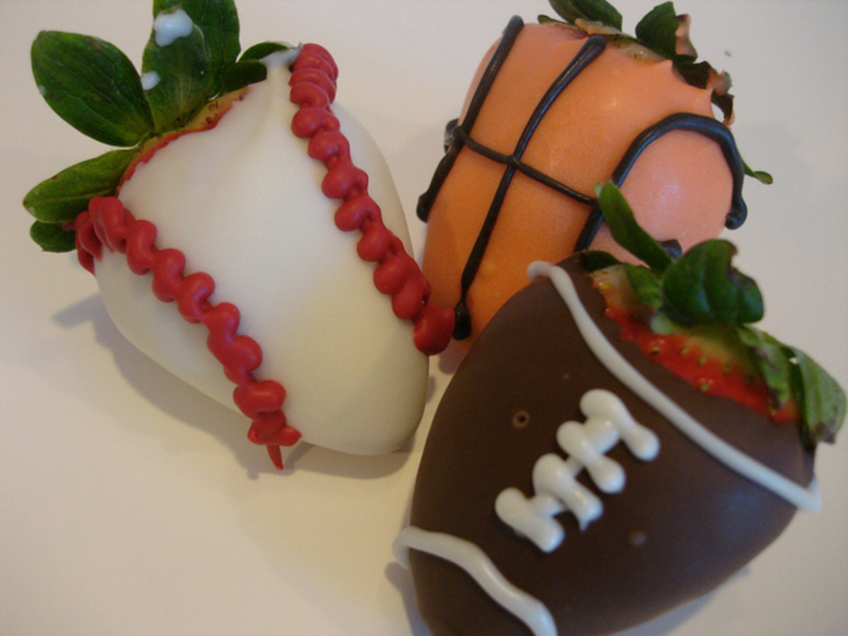 Sport themed Decorated Strawberries