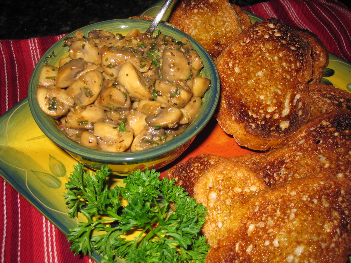 Mushrooms with garlic