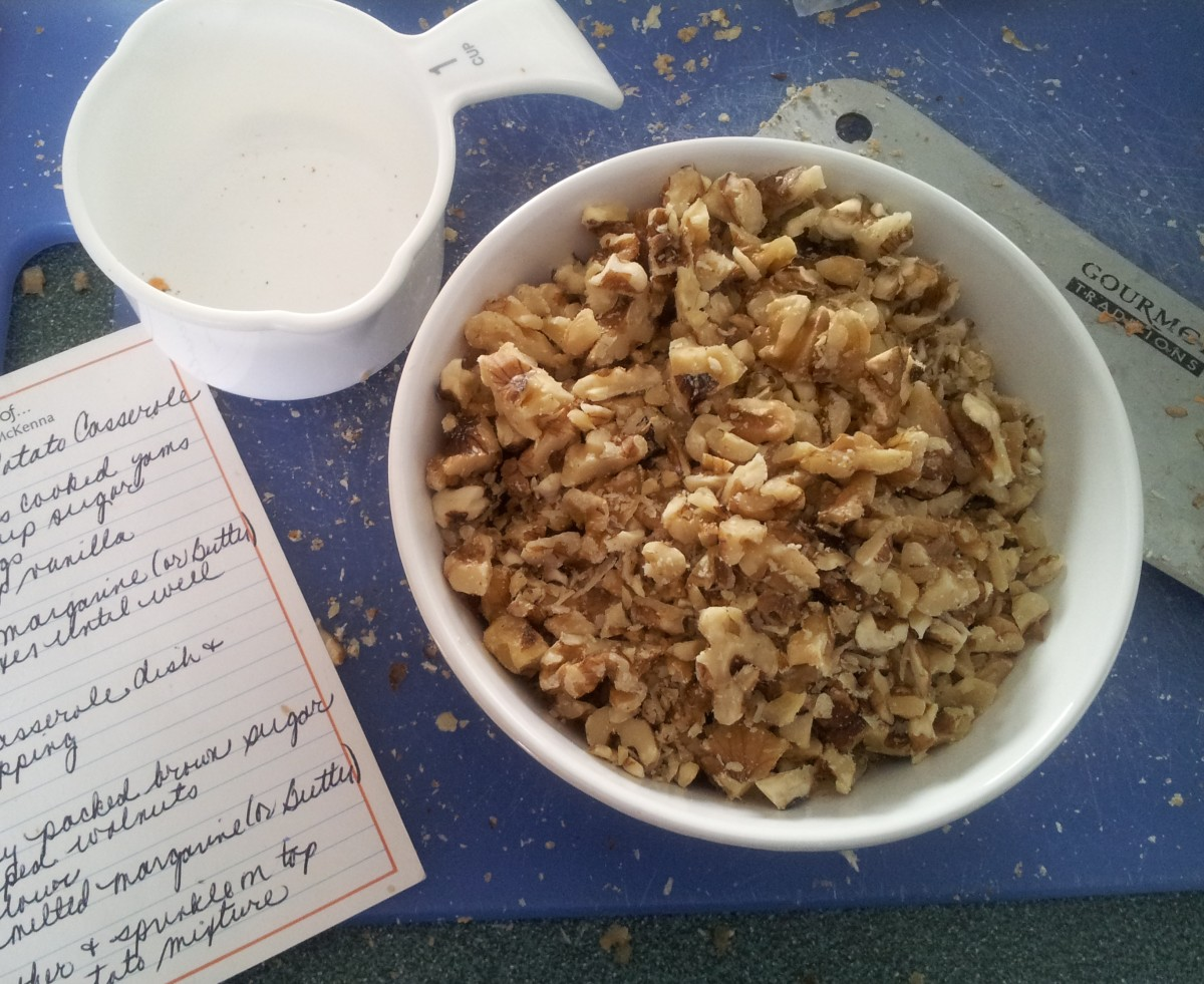 Chopped walnuts for the topping