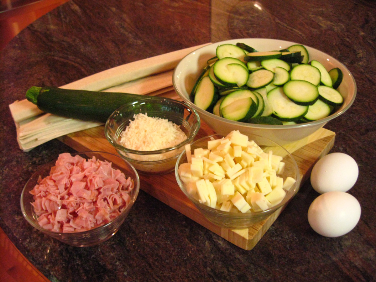 Ingredients for the zucchini, cheese, and ham quiche
