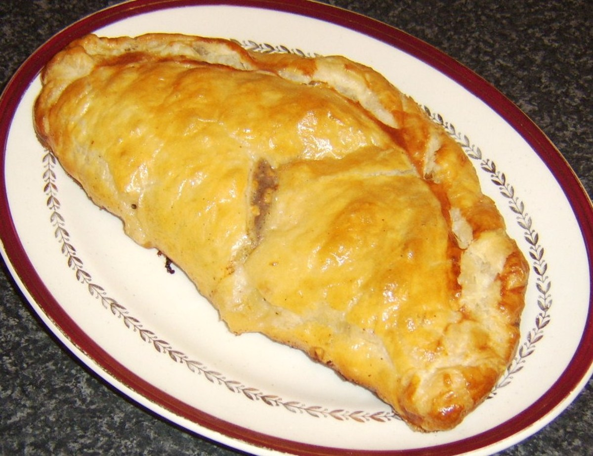 Cheeseburger pasty ready to serve
