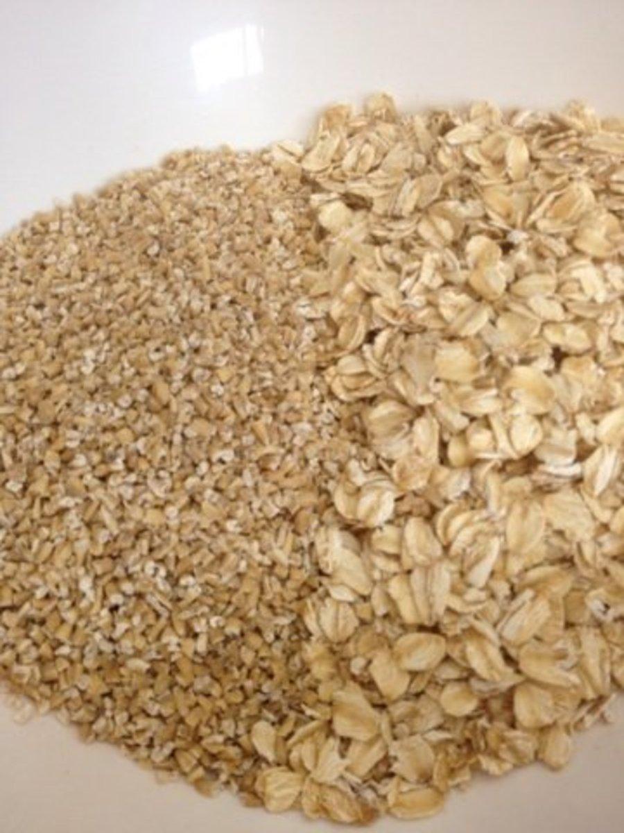 Steel cut oats (left) VS Rolled oats (right)