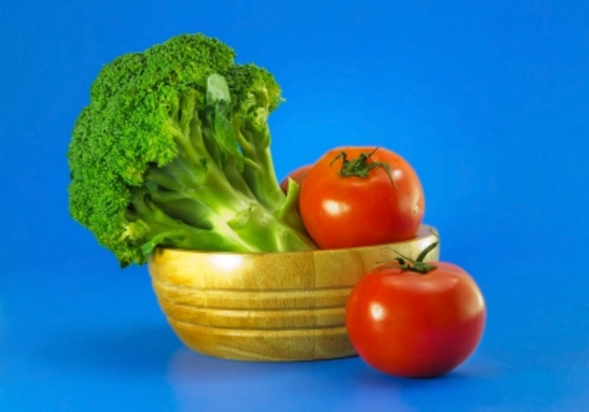 Tomatoes and broccoli are sources of protein.