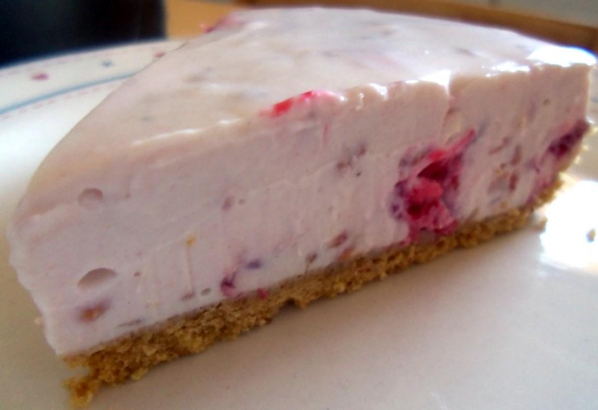 Raspberry and honey cheesecake