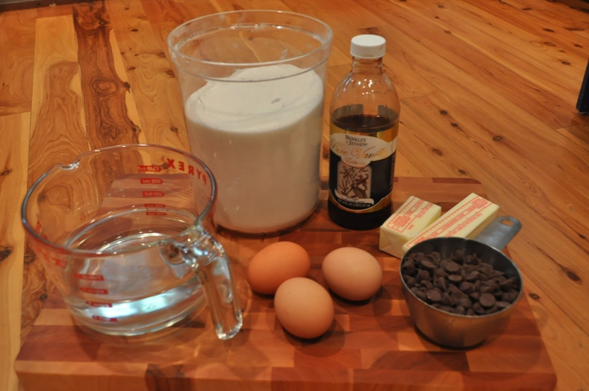 Water, Sugar, eggs, vanilla, butter, and chocolate chips.