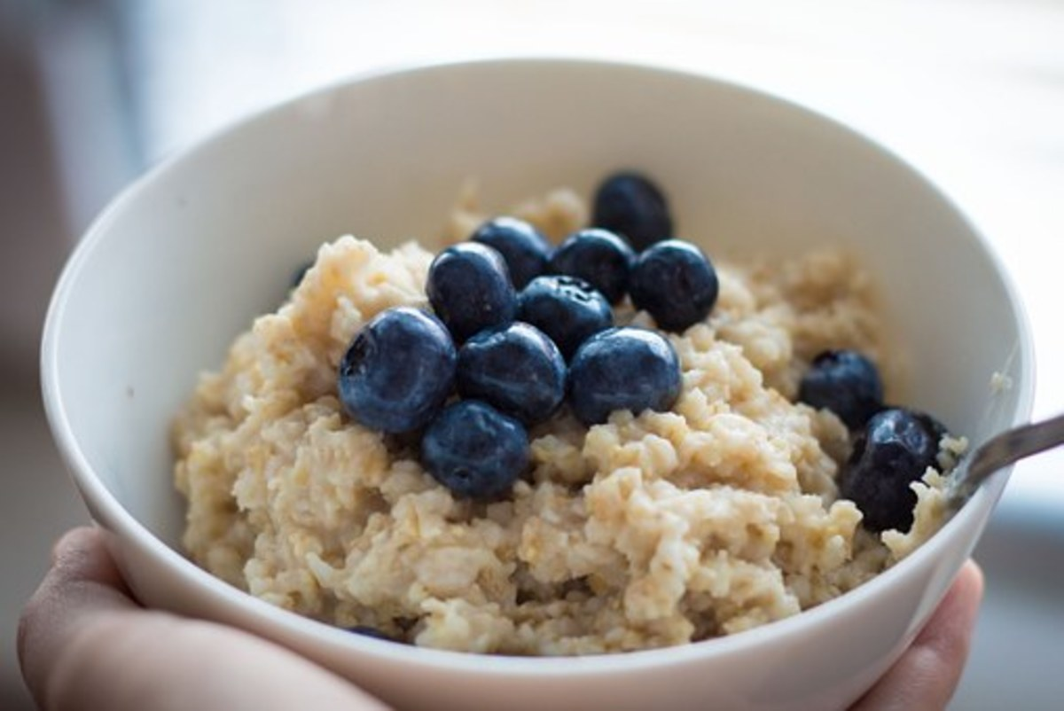 A healthy bowl of oatmeal