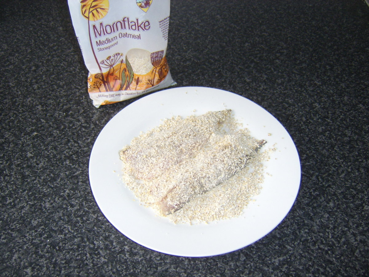 Coating the mackerel fillets in oatmeal